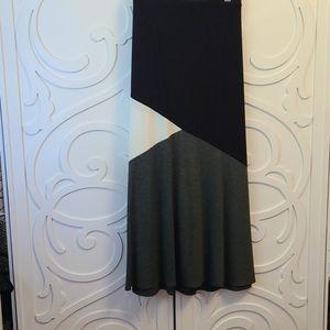 EUC 2X Laura Maxi Colour Block Skirt